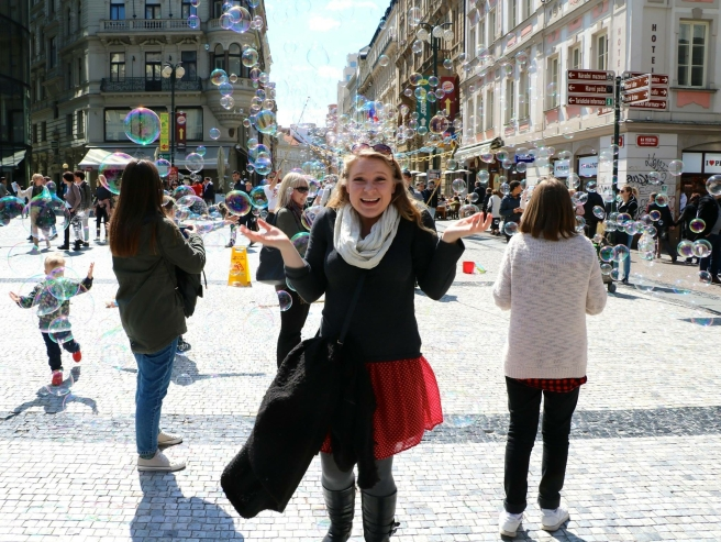 Brooke with bubbles in Wenceslas Square